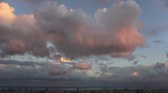 Barcelona sunset sky
